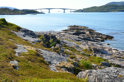 Bridge connecting Kvaløya and Sommarøy