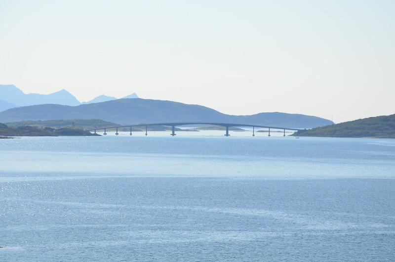 Bridge connecting Kvaløya and Sommarøy