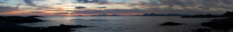 16 Midnight sun sea