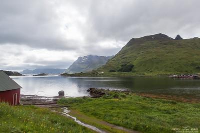 Streams, Lakes & Mountains