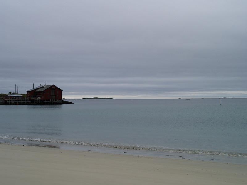 Una playa en la isla de Senja en pleno mes de agosto.