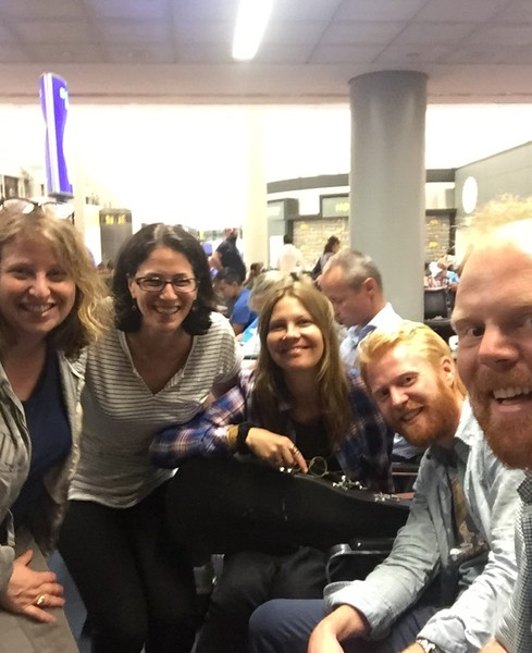 Tuesday evening at Newark Airport - flight delayed but new friends made :)<br /> Kathy, me, Ingunn, Georg and Nikolai