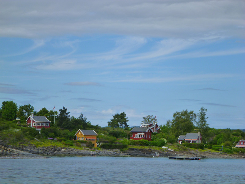 The fancier houses seemed to be on this other side of the island.