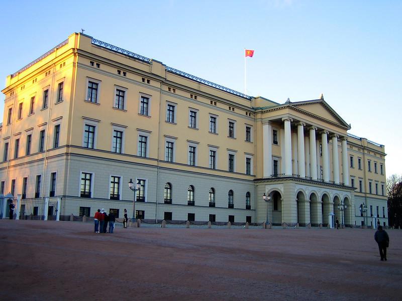Oslo - November 2004 Kings palace