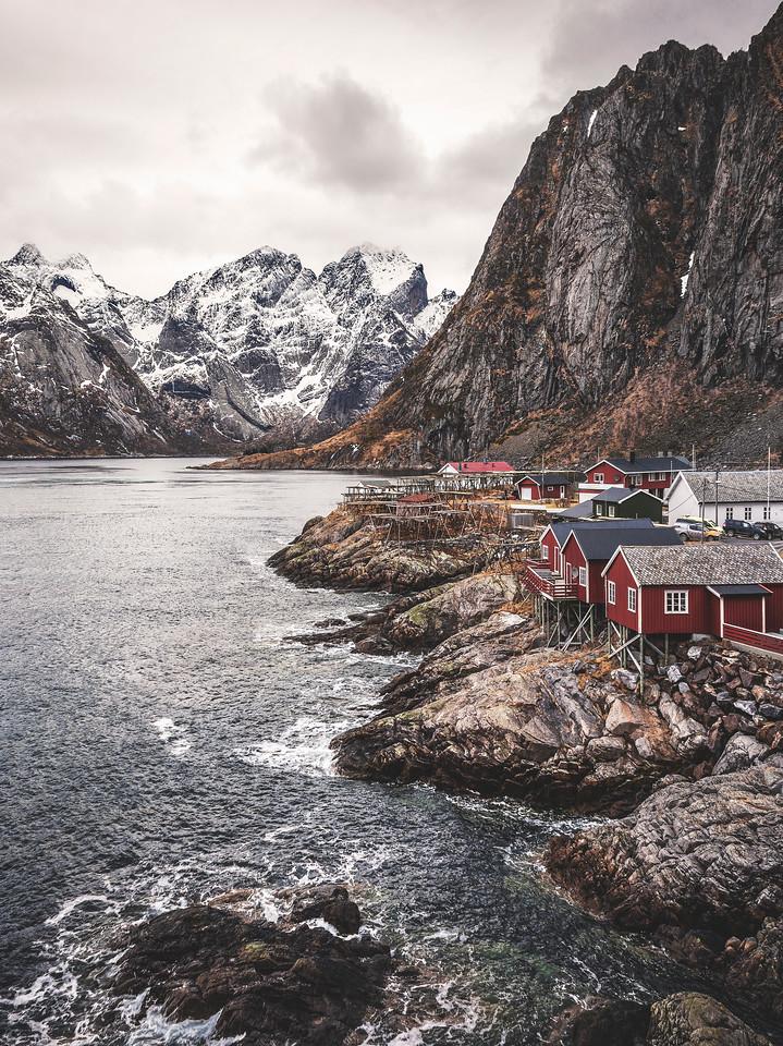 affjordable lodging   hamnøy, norway