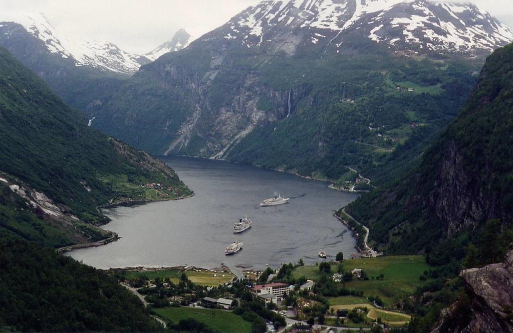 Geiranger Fjord, 1995