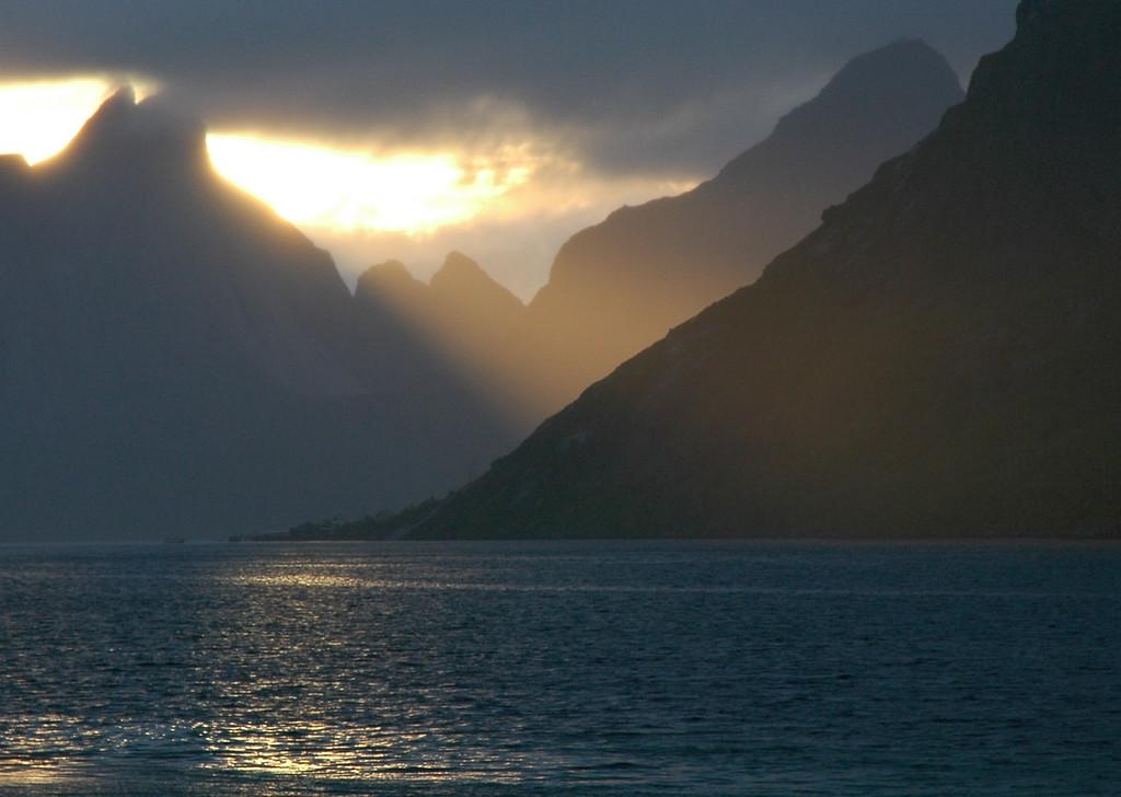 midnight in southern Lofoten