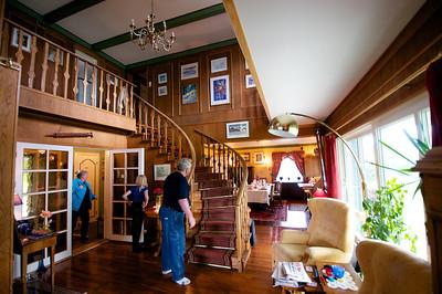Line Elton's House