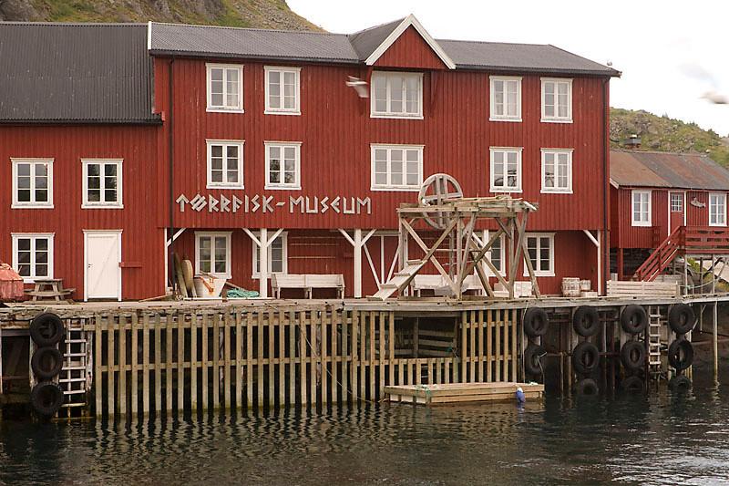 Lofoten Tørrfiskmuseum (Å) / Museo de pesca en Å (Lofoten)