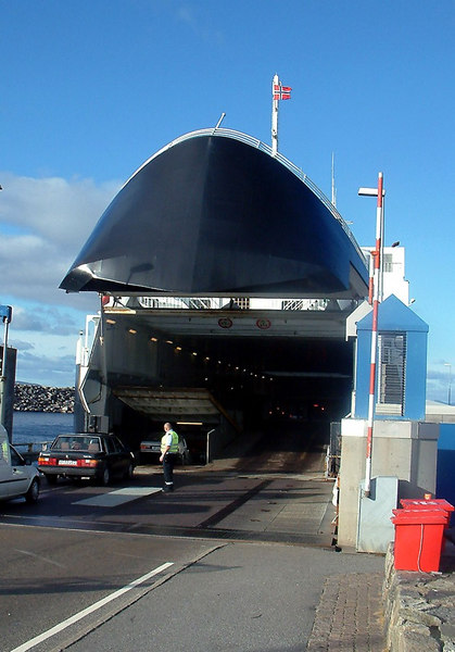 Motor vessel Boknafjord loading vehicles at at Mortavika, Sept 2005