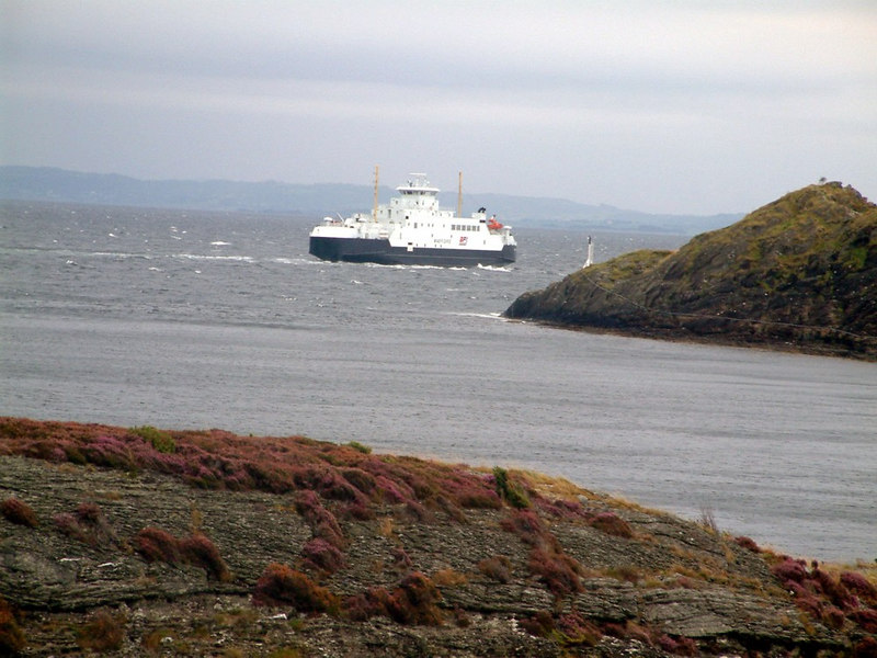Motor vessel Masfjord leaving Arsvagen for Rennesoy, Sept 2005
