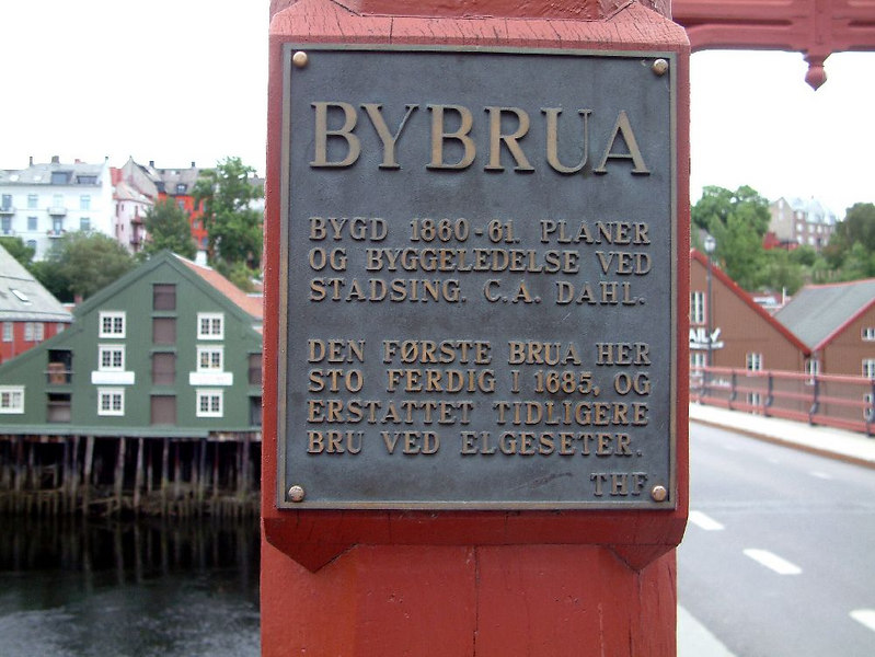 Bybrua - the old bridge over the River Nid