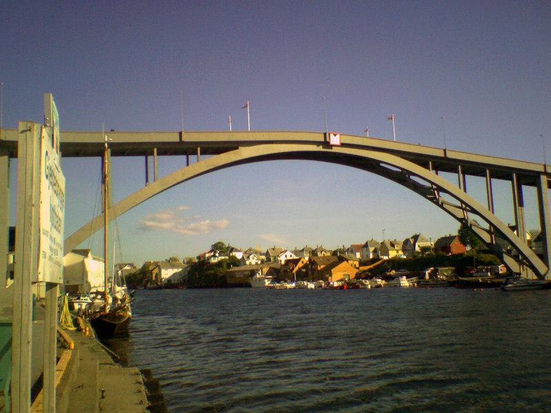 Resoy Bridge, Haugesund,June 2006