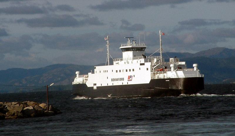 Motor vessel leaving Mortavika, Sept 2005