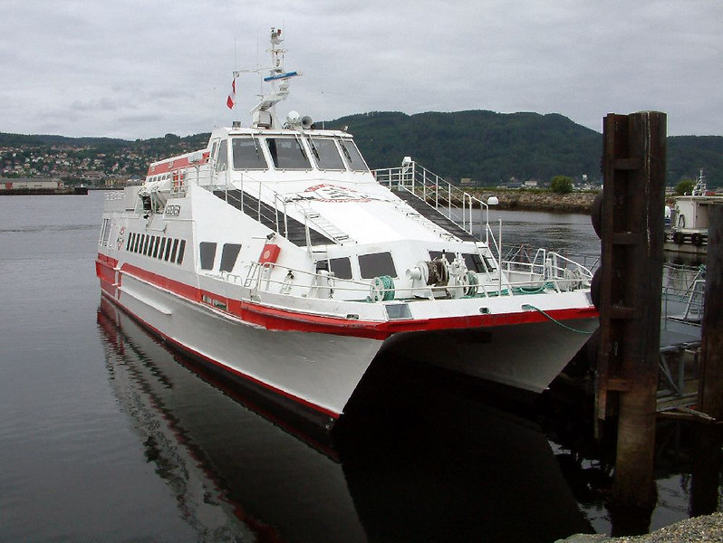 Fast catamaran ferry that operates from Trondheim to Monks Island