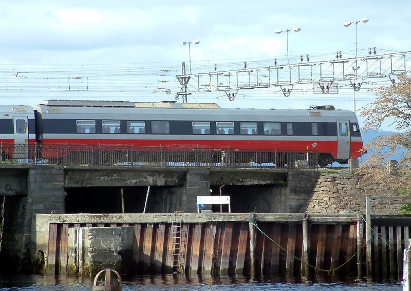 Regional train approaching Trondheim Central station