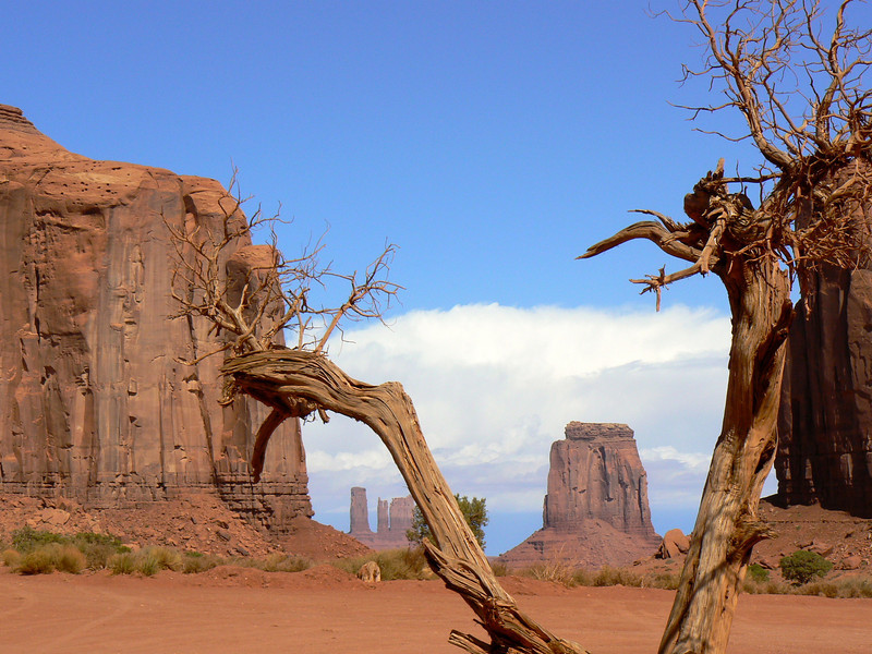 View from North Window on the Monument Valley road