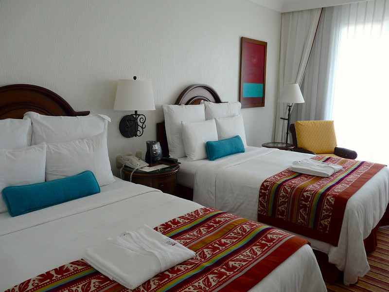 Accommodations at CasaMagna Marriott Resort in Cancun, Mexico