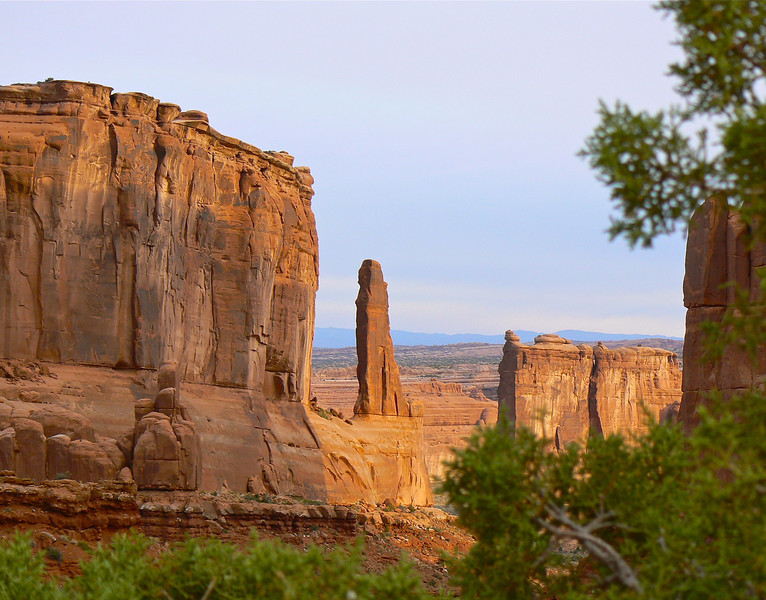 moab-utah-arches-sunrise-photo