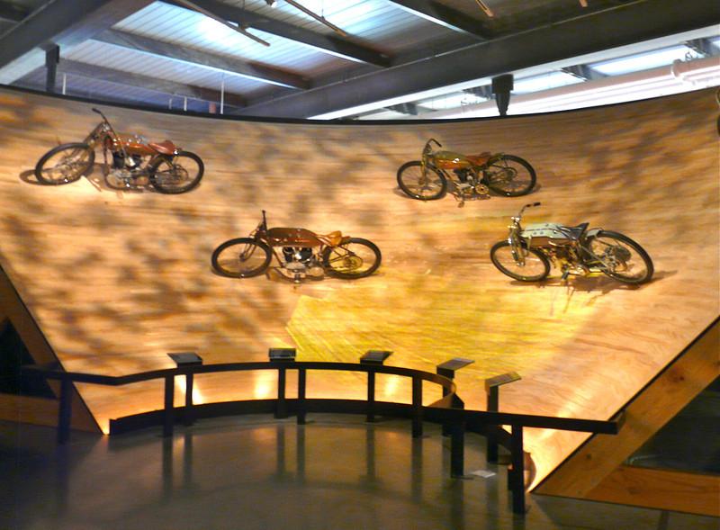 racing-bikes-harley-milwaukee-wisconsin