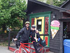 The following morning we set out on our new rented Cannondale tandem from the village of Hubbard, in search of lighthouses and seafood.