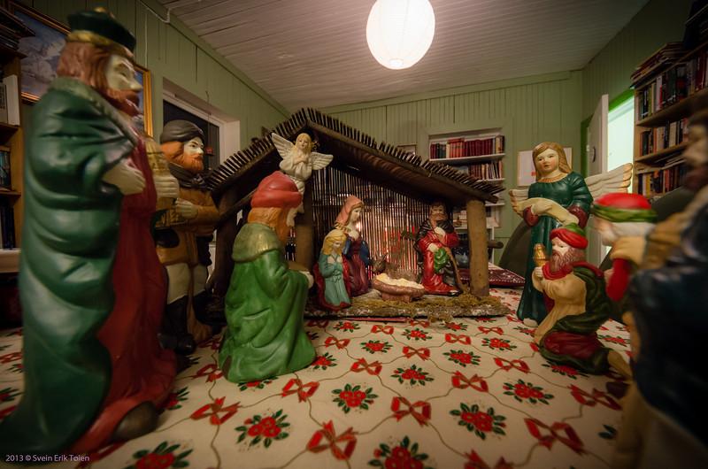 Delpen Book Café Nyksund in Christmas mode II