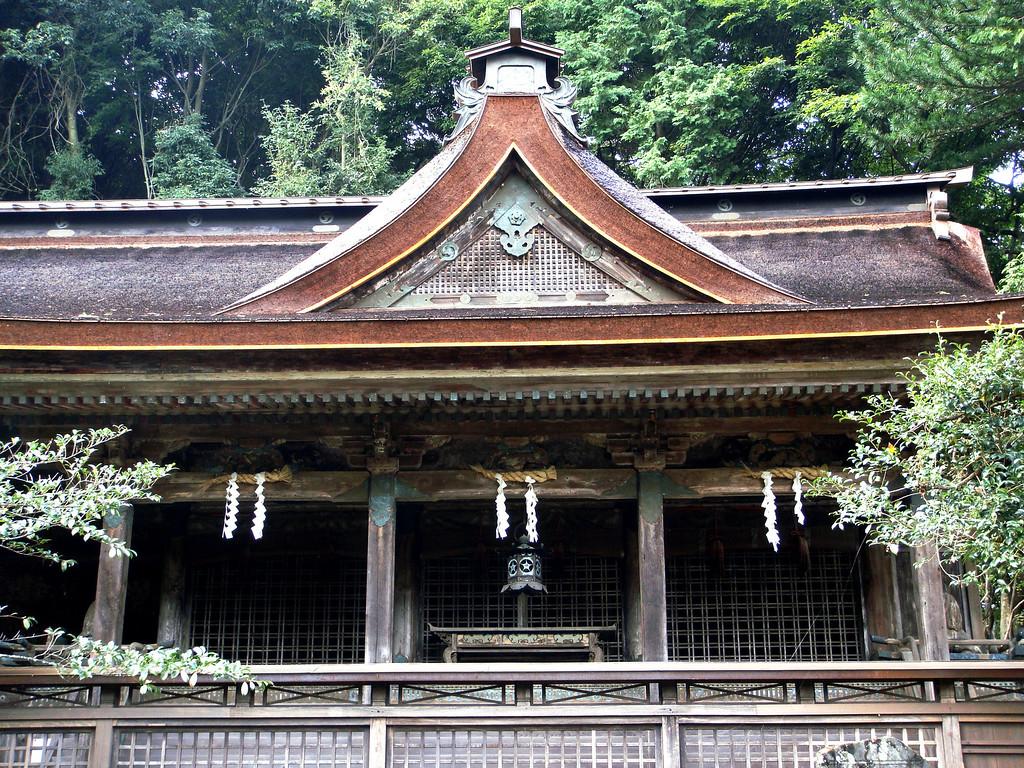 Brilliant new roof for our favourite Mikumari Shrine