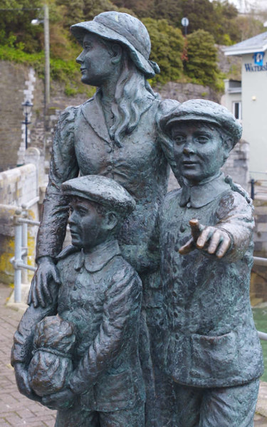 Annie and KIds close-up.
