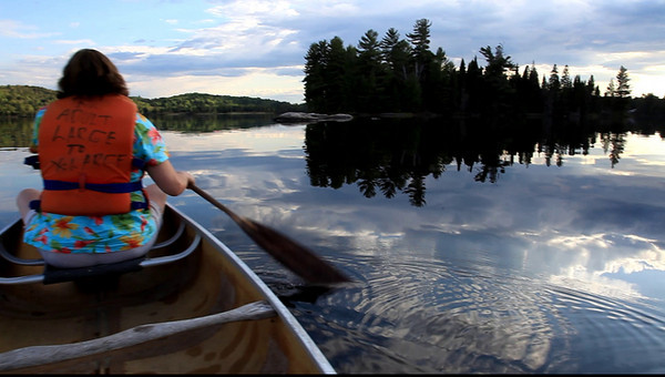 PADDLING ON THE LAKE OF TWO RIVERS - VIDEO