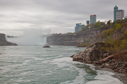 A VIEW OF HORSESHOE FALLS AND THE HOTELS OF NIAGARA FALLS, ONTARIO