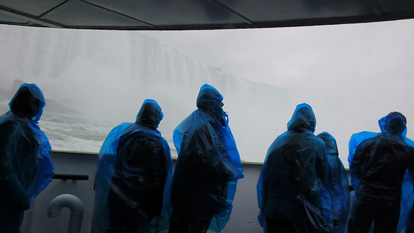 "A VIEW OF HORSESHOE FALLS FROM THE ""MAID OF THE MIST"" - VIDEO"
