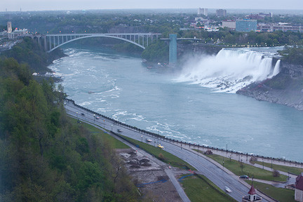 AMERICAN FALLS SEEN WITH THE RAINBOW BRIDGE CONNECTING THE U.S. TO CANADA