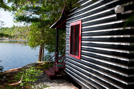 CABIN AT KILLARNEY LODGE - ALGONQUIN PARK