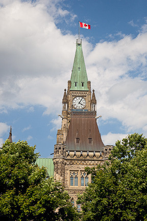PEACE TOWER - PARLIAMENT HILL