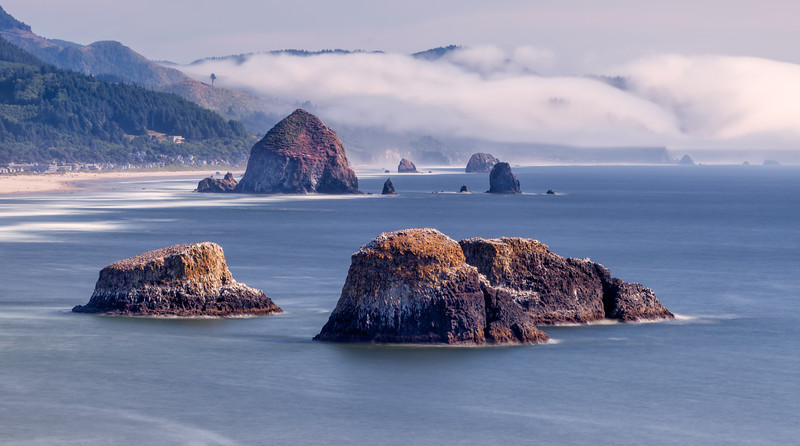 HAYSTACK ROCK-CANNON BEACH