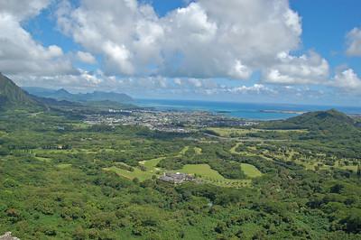 Pali Cliffs View
