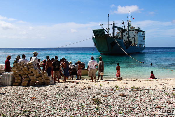 ship unloading in yap outer islands