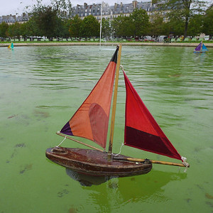 Setting Sail At The Tuileries