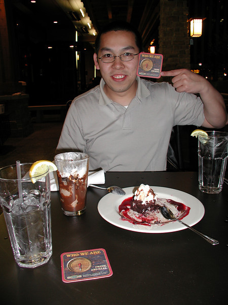 Rock Bottom Restaurant and Brewery. Meeting Hai in Cincinnati, 4/16