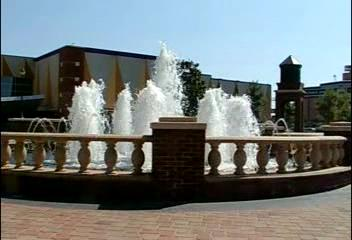 <br><br><font size=3>(Video) The fountain near the main plaza.  You can just hear the bells of the carillon over the wind.</font><br><br><font size=2>You may need to click on the image to start the video.</font>