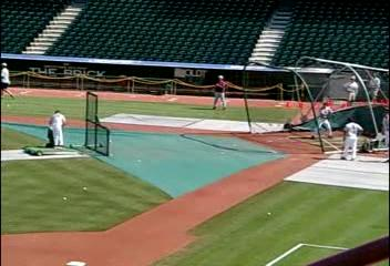 <br><br><font size=3>(Video) Batting practice.</font><br><br><font size=2>You may need to click on the image to start the video.</font>