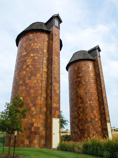 P8048146-silo-pair