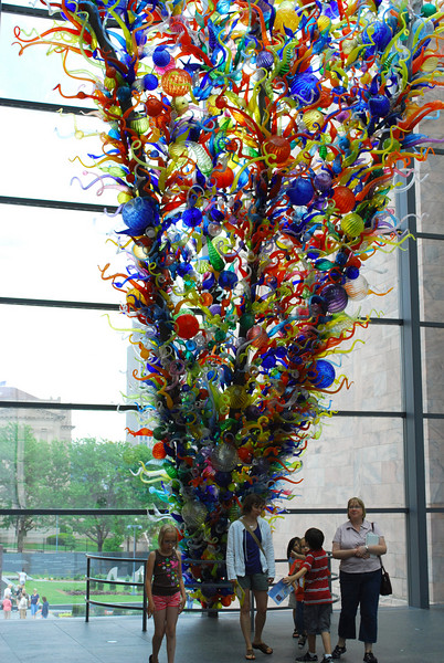 "<b><i>""Inside & Out""</i> Dale Chihuly </b> <br> glass and steel, 29.5 x 25.5 x 12.5 ft.<br>  Josyln Art Museum </br> Omaha Nebraska"