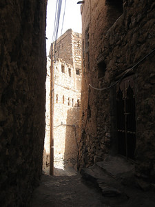 Lane in Mizfat al Abreyeen