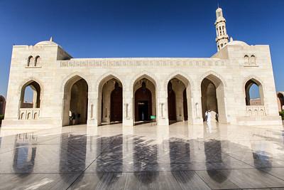 Sultan Quaboos Grand Mosque, Muscat  There are fully geotagged versions of these photos with an accompanying map up at Google+ https://plus.google.com/photos/105262966267046322250/albums?gpinv=AMIXal8vShrM522aaiykheFQxSJTPypx70O3BK1KTYh2SIcilX4R7JkPA6c8s7Q_wCSbCy18tIzMS2I62nVUluAXRAQLx9mzEqHPTr7_SQJNiKiz3sifxnA&cfem=1