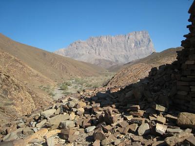 Al Ayn tombs
