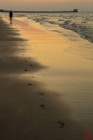 Muscat beach sunset 2
