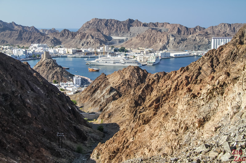 Hiking Muscat - view of Muttrah 4