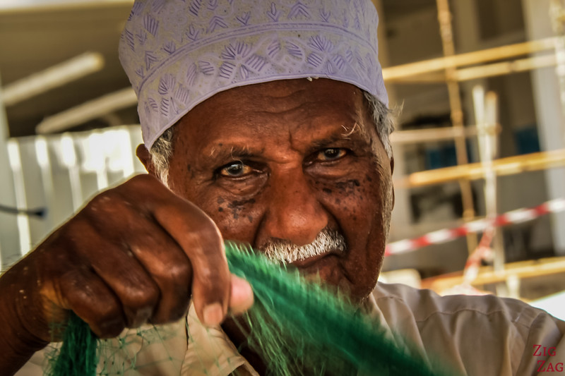 Oman Man - fishnet