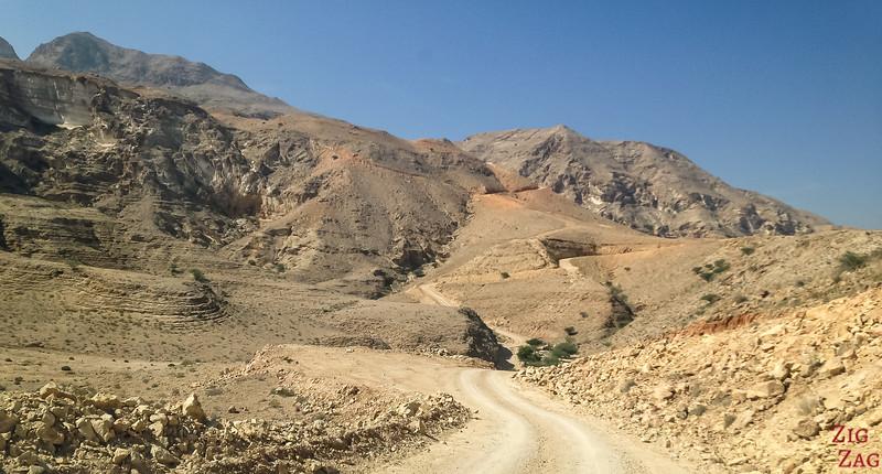 Climbing to Salmah Plateau Oman 4WD road 3